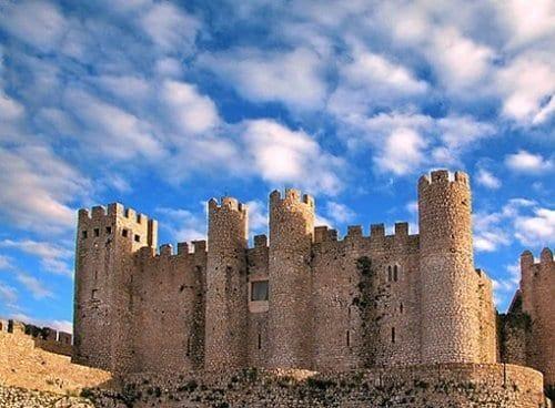 imagem-do-castelo-de-obidos-3-6079721-2209690-6552426