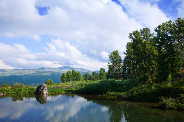paisagem com lagos de montanhas 1398 2280